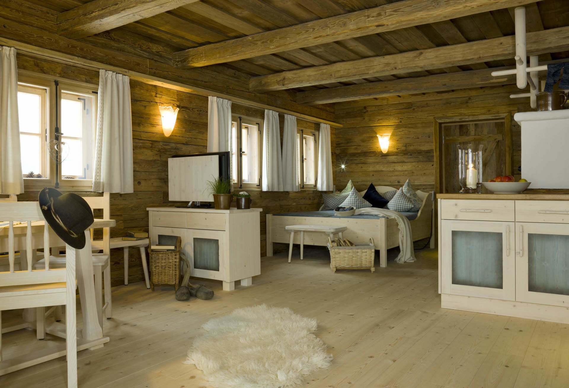 luxus chalets in bayern exklusive luxus chalets. Black Bedroom Furniture Sets. Home Design Ideas